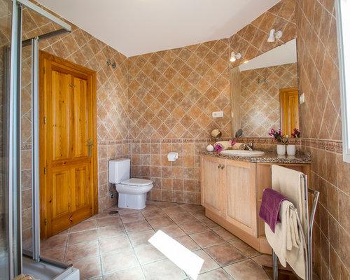 Mediterrane duschb der mit nasszelle ideen design - Wandfarbe terracotta fliesen ...