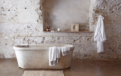 The Hedonist's Guide to Rustic Bathtubs