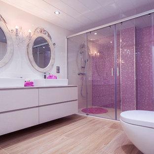 Foto di una stanza da bagno tradizionale