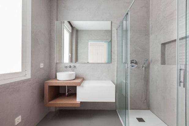 Modern Bathroom by Lupe Clemente Fotografía