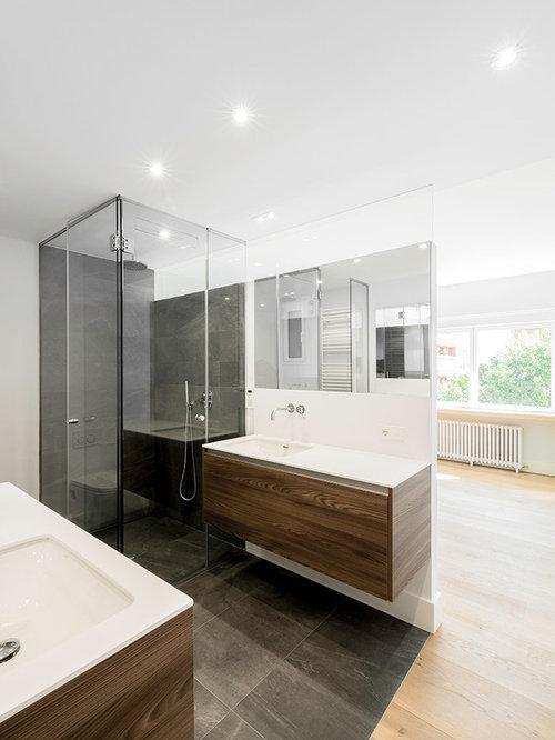 Salle de bain scandinave avec du carrelage en ardoise : Photos et ...