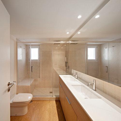 Salle de bain scandinave avec un lavabo int gr photos et id es d co de sal - Taille moyenne salle de bain ...