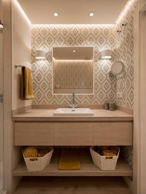 Moderne Badezimmer mit Laminat Ideen, Design & Bilder | Houzz