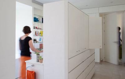 Houzz Испания: Квартира с двумя островами — в кухне и ванной