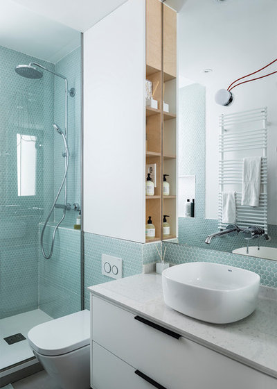 Contemporary Bathroom by Javier Bravo