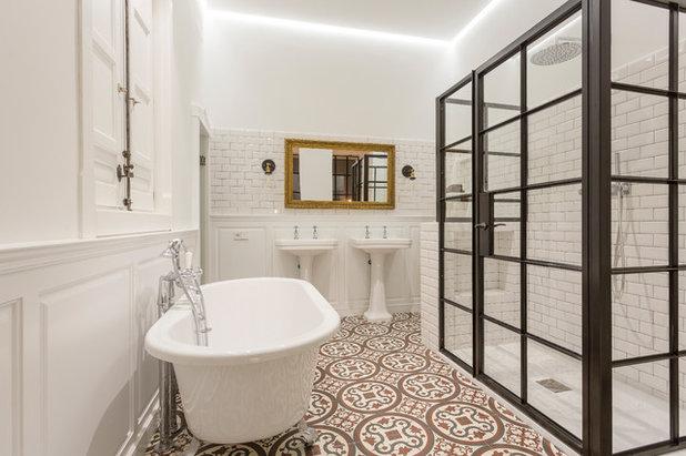 Mediterranean Bathroom by CABALLERO Fotografia Arquitectura e Interiores