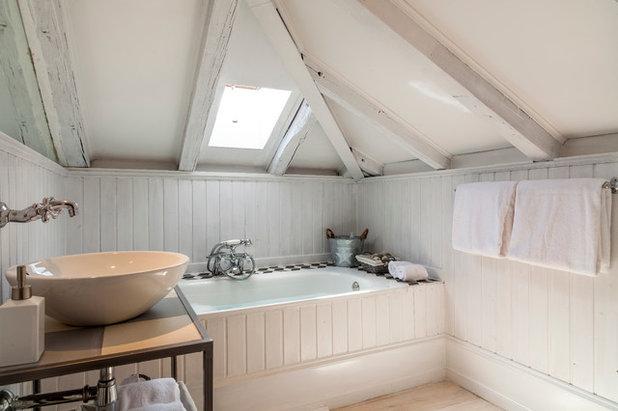 Nórdico Cuarto de baño by The Sibarist Property & Homes
