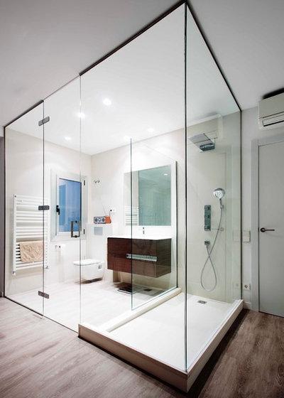 Contemporáneo Cuarto de baño by Grup Dolmen