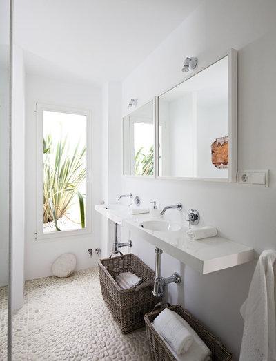 Mediterráneo Cuarto de baño by Ana Bejar Interiorismo