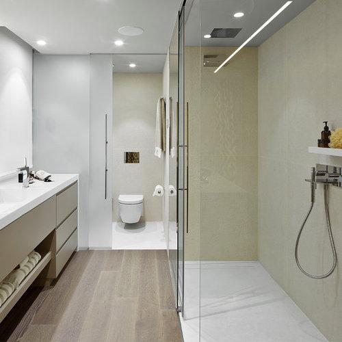 salles de bains et wc avec un lavabo int gr et une douche l 39 italienne photos et id es d co. Black Bedroom Furniture Sets. Home Design Ideas