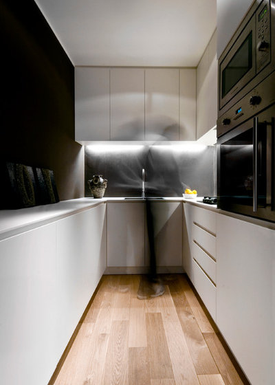 Contemporaneo Cucina by SMARCH Architects