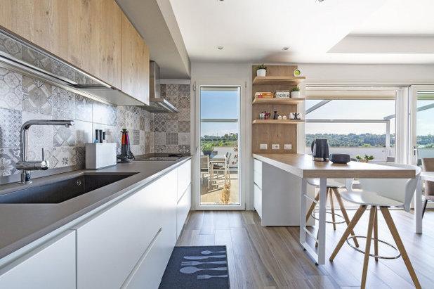 コンテンポラリー キッチン by LAKD - Progettare l'ambiente cucina