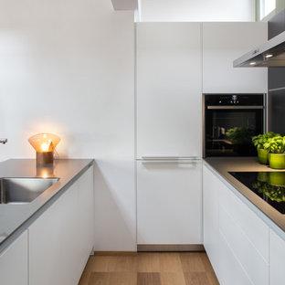 Cucina bianca con top grigio - Foto e idee | Houzz