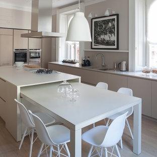 Esempio di una cucina minimalista