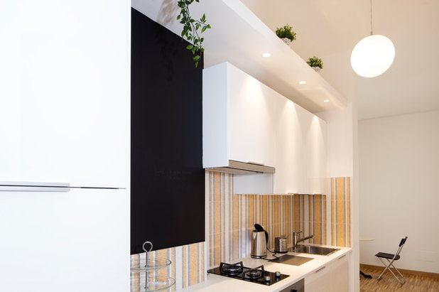 Moderno Cucina by AMT studio