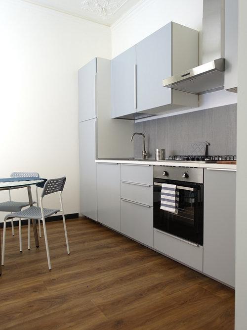 Cucina con top in laminato e pavimento in laminato - Foto e Idee per ...