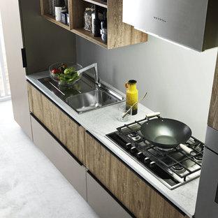 Modern kitchen designs - Example of a minimalist kitchen design in Venice