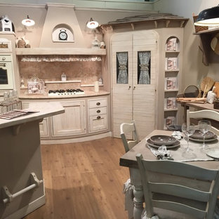 Shabby-Chic-Style Küchen mit Halbinsel Ideen, Design ...
