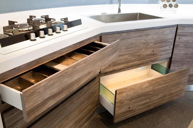 Cucina in legno contemporanea