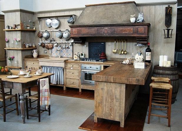 8 ispirazioni old style per cucine di campagna moderne for Cucina di campagna inglese