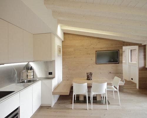 Foto e idee per cucine cucina - Cucina abitabile ...