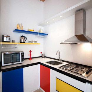 Esempio di una cucina design