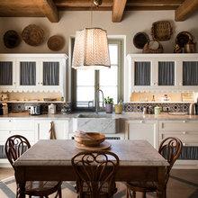 Simple Spanish Style Kitchens