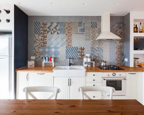 Cucina al mare italia foto e idee per arredare - Top cucina in ceramica ...