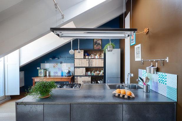 Industrial Kitchen by UNDUO Laboratorio di architettura