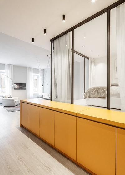 Modern Kitchen by raro
