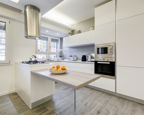 Cucina moderna con pavimento in laminato - Foto e Idee per ...