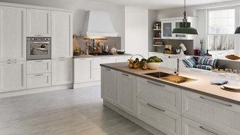 cucina in legno laccato
