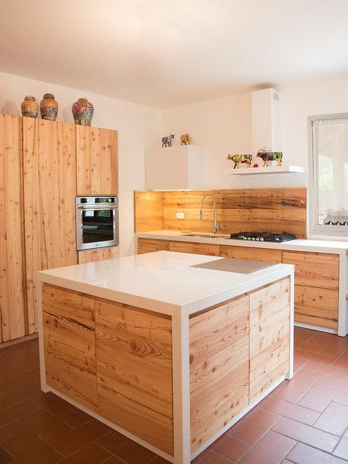 Cucina su misura in larice antico