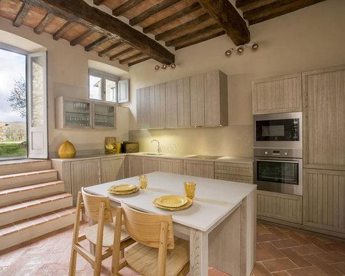 Cucina abitabile mediterranea foto idee arredamento - Paraspruzzi per cucina ...