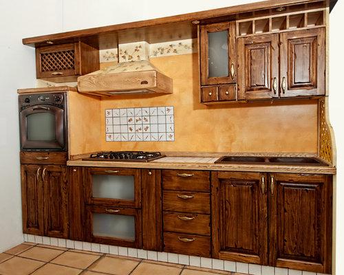 Cucine classiche in legno - Cucine in legno classiche ...