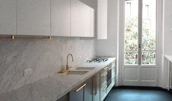 la cucina, realizzata su disegno