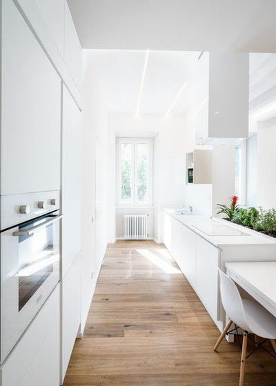 Vuoi Dividere la Cucina dal Soggiorno? Guarda 3 Progetti dei Pro