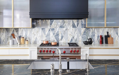 Photo Flip: Behold These Bold Kitchen Backsplashes