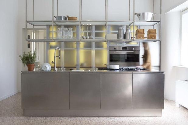 コンテンポラリー キッチン by MILANO DESIGN LAB