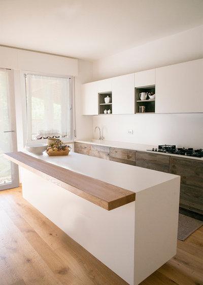 Contemporaneo Cucina by Ri-novo
