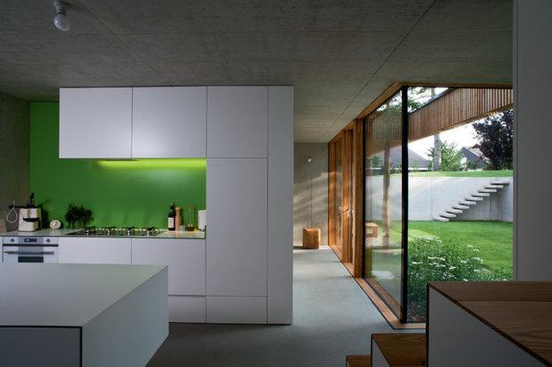 Modern Küche by elanandez