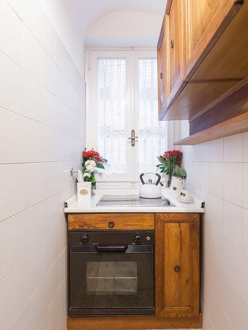 Cucina in campagna con ante in legno scuro - Foto e Idee per ...