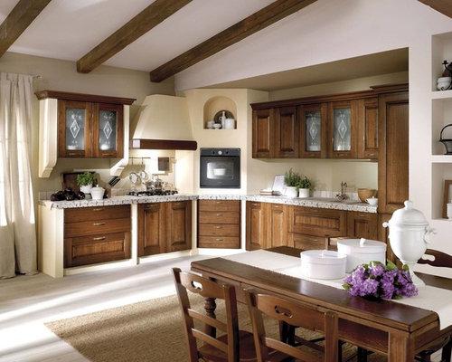 Cucina con top piastrellato - Foto e Idee per Ristrutturare e Arredare
