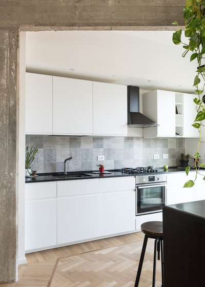 Contemporary Kitchen by Paolo Fusco Photo