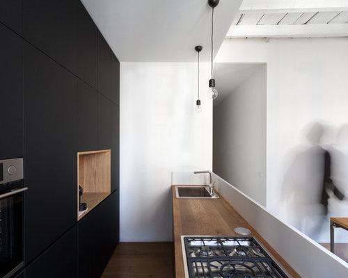 Cucina con pavimento in legno massello scuro foto e idee - Pavimento in legno in cucina ...