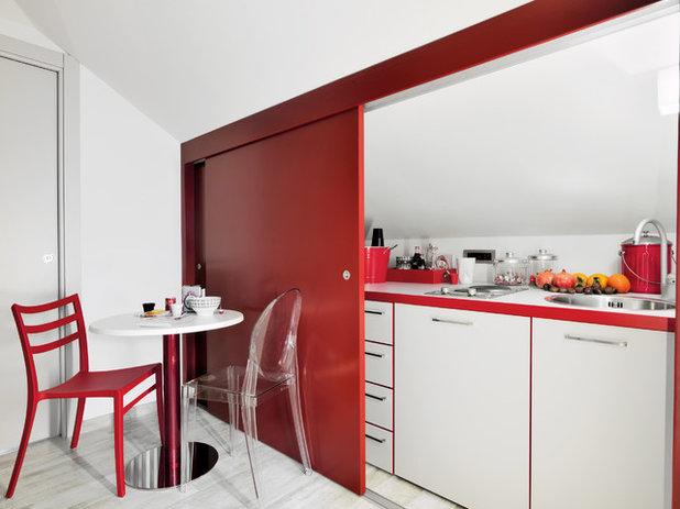 Contemporary Kitchen by adriano pecchio