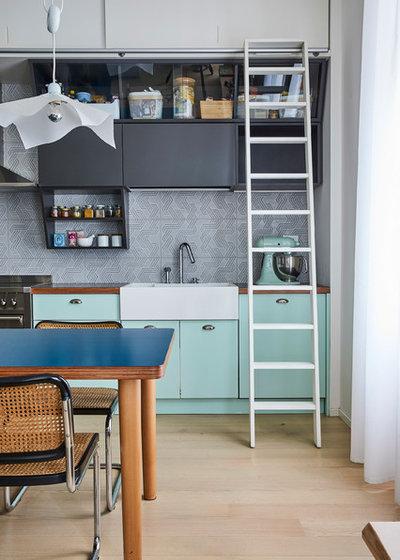Contemporary Kitchen by Alhambretto Design Studio