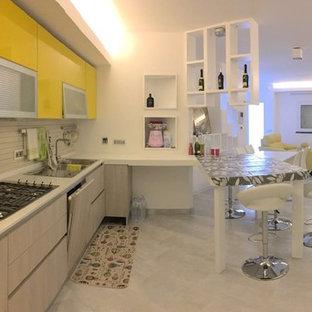 Cucina con top in quarzo composito Cagliari - Foto e Idee per ...