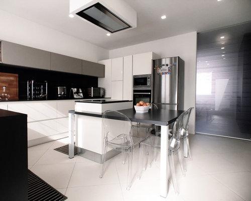 Cucina bianca con top nero - Foto e idee | Houzz