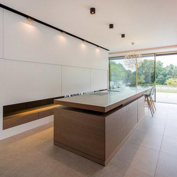 aménagement ,plafonds travaillés ,luminaires, cuisine haut de gamme